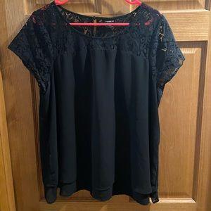 ❌SOLD❌Torrid black lace top